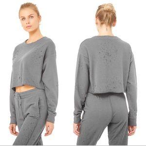 {alo yoga} Fierce Distressed Crop Pullover